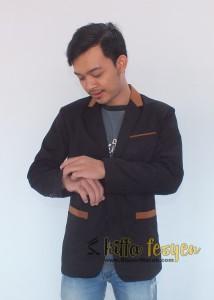 Blazer Cool Buat Pria Cool (Neckbrown)